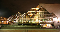 Hult Center For The Performing Arts - Photo of Hult Center For The Performing Arts