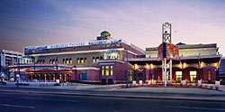 Milwaukee Theatre - Photo of Milwaukee Theatre